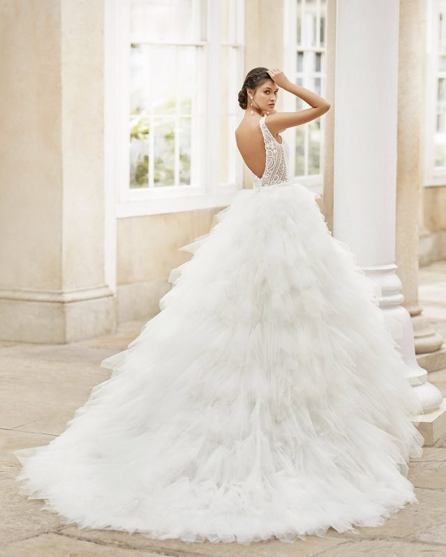 Vestido de novia voluminoso Rosa Clará