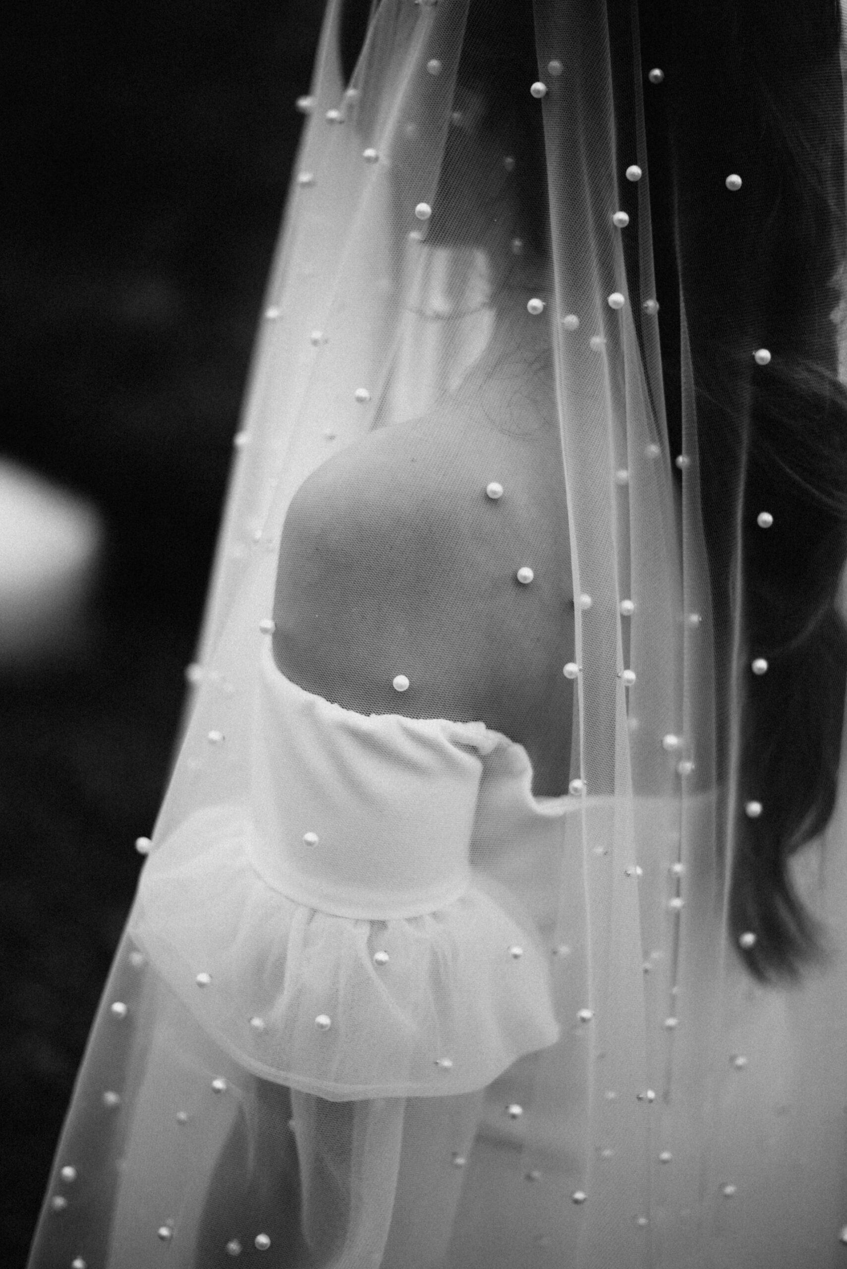 Vestidos de novia con velo de Yolanda Torres