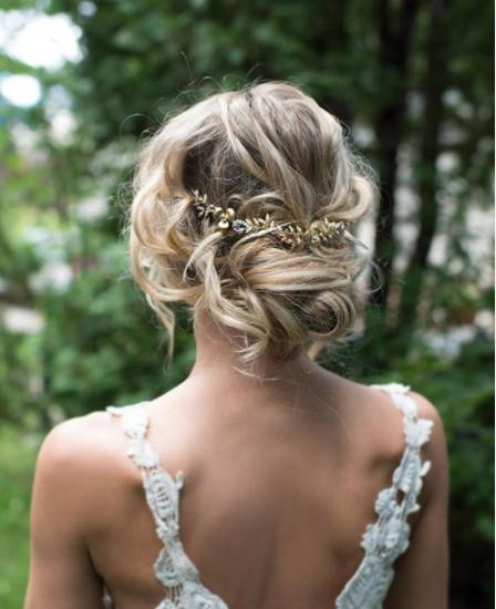 Peinados de novia Moño bajo